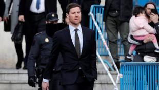 Xabi Alonso vergi kaçırma suçlamasını kabul etmedi