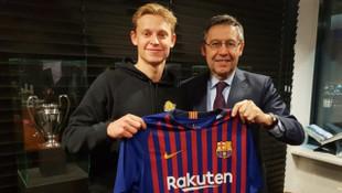 Barcelona, Frenkie de Jong'u 86 milyon euroya kadrosuna kattı