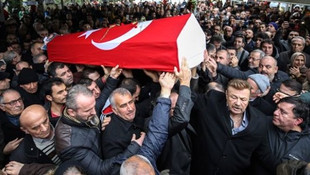 Nuri Alço: Ayşen Gruda'nın cenazesinde 5 bin liram çalındı