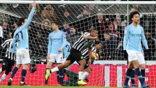 Manchester City, Newcastle United'a 2-1 mağlup oldu
