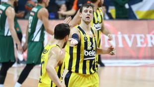 Fenerbahçe Beko'da Jan Vesely 5-6 hafta parkelerden uzak kalacak
