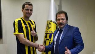 Ankaragücü Ante Kulusic ile 1,5 yıllık sözleşme imzaladı