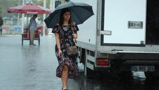 Meteoroloji yarın için uyardı ! Şemsiyesiz dışarı çıkmayın...