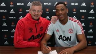 Manchester United Anthony Martial ile 5,5 yıllık yeni sözleşme imzaladı
