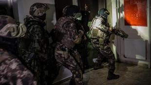 Ankara'da bin polisle dev operasyon