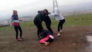 İki genç kıza korkunç işkence
