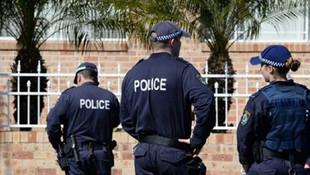Avustralya'da 13 konsoloslukta bomba paniği