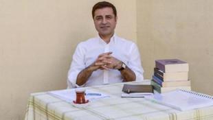 Selahattin Demirtaş'a ''Siyasi Cesaret Ödülü'' verildi