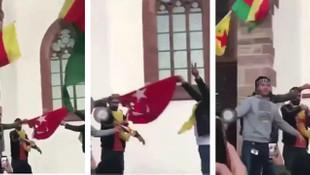 AK Partili isim paylaştı: Teröristler Türk bayrağını yaktı!