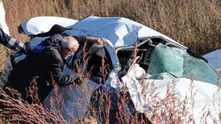 TEM'de korkunç kaza: Aynı aileden 3 kişi öldü