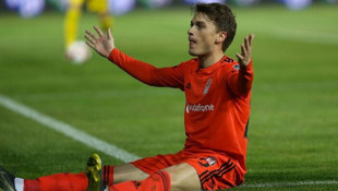 Adem Ljajic: Futbolu Beşiktaş'ta bırakmak isterim