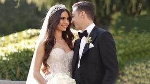 Amine Gülşe eşi Mesut Özil'in doğum günün kutladı