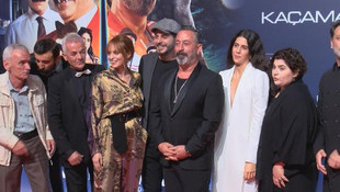 Cem Yılmaz'ın yeni filminin galasına ünlü akını