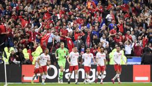 Merih Demiral ve Mert Günok, EURO 2020 Elemeleri'nde haftanın 11'ine seçildi