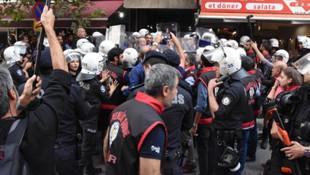 İzmir'de HDP binasında ''açıklama'' gerginliği