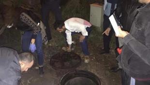 Kanalizasyona boşaltırken yakalandılar !