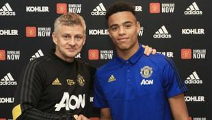 Manchester United Mason Greenwood'un sözleşmesini 2023'e kadar uzattı