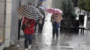 İzmir'de sağanak ve fırtına uyarısı !