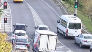 İstanbul'da sürücüleri isyan ettiren kırmızı ışık!