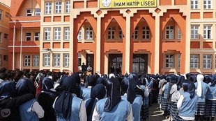 Bir yılda 798 yeni imam hatip okulumuz daha oldu!