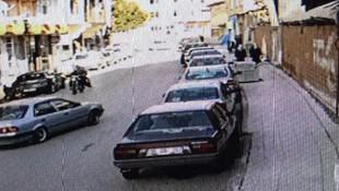 Sokak ortasında dehşet ! 2 kadını böyle bıçakladı
