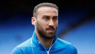 Cenk Tosun'un İtalya'ya transfer olabileceği iddia edildi
