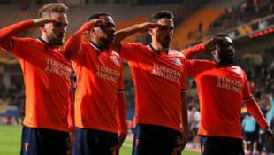 UEFA'dan skandal üstüne skandal ! İrfan Can Kahveci'ye asker selamı soruşturması
