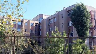 Avcılar'daki yurt binaları tahliye ediliyor