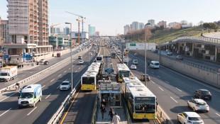 İstanbul Büyükşehir Belediyesi'nden yerli metrobüs hamlesi