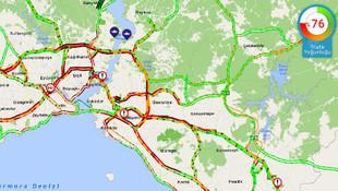 İstanbul'da yağış sonrası trafik kilit !