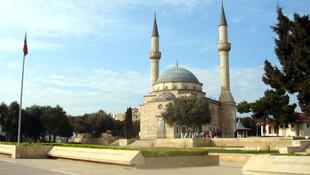 Azerbaycan'da hoparlörden ezan okumak yasaklandı