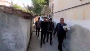 Cezaevinden izinli çıktı uyuşturucu satarken yakalandı