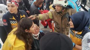 İstanbul'da metrobüs kazası ! İşte ilk görüntüler