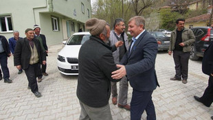 Makam araçlarını azaltalım diyen MHP'li başkandan VİP araç ihalesi