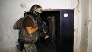 800 polisle şafak operasyonu: 74 gözaltı kararı