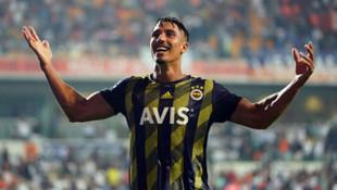 Fenerbahçe'de Nabil Dirar ameliyat oldu
