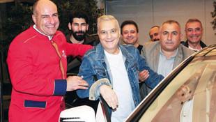 Yeniden yoğun bakıma kaldırılan Mehmet Ali Erbil'den iyi haber