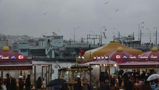 Eminönü'ndeki balık - ekmek satan tekneler için flaş karar!