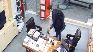 Dünyanın en rahat hırsızı İstanbul'da güvenlik kamerasında!