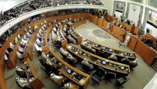 Kuveyt'te siyasi kriz: Hükümet istifa etti