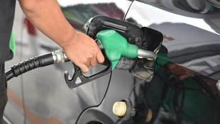İran'da benzine yüzde 50 zam !