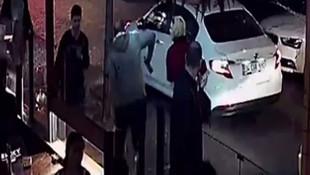 İstanbul'da kadın öğretmene yumruklu saldırı kamerada
