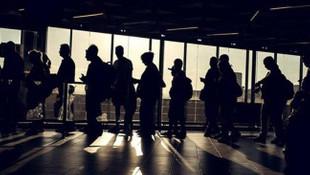 TÜİK'ten korkunç rakamlar: 3 gençten 1'i işsiz !