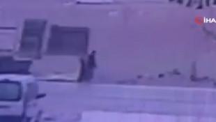 Açık unutulan kamyon kasası kapağının çarptığı kadın hayatını kaybetti