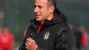 Beşiktaş'ın yıldızına kancayı taktılar! Devre arası yolcu