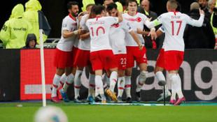 Hakan Çalhanoğlu: Bayern Münih ve Borussia Dortmund'a hayır diyemem