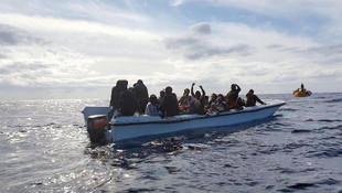 Mültecileri taşıyan bot battı: 67 ölü