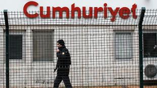 Cumhuriyet davasında 12 kişiye yeniden hapis cezası
