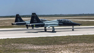 ABD savaş uçakları çarpıştı: 2 ölü