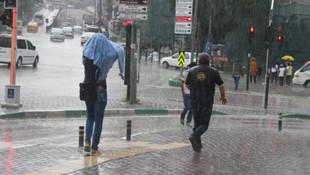 Havalar birden soğuyacak, sağanak yağışlar başlıyor!
